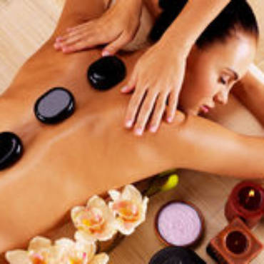 adult-woman-having-hot-stone-massage-spa-salon-beauty-treatment-concept-61900404.jpg